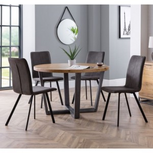 Brooklyn Round Wooden Dining Table In Oak With 4 Monroe Chairs