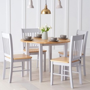 Genovia Extending Round Dining Set With 4 Chairs In Oak And Grey