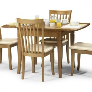 Newbury Wooden Dining Table In Maple